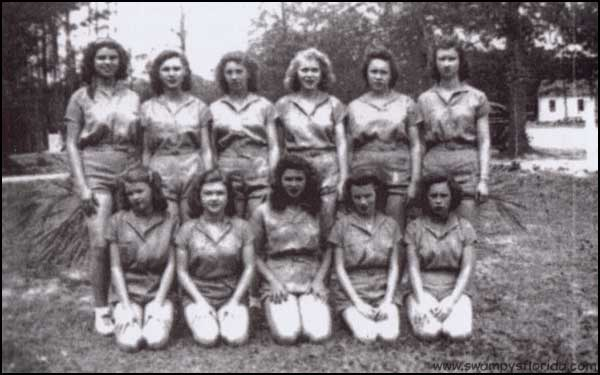 2013-1010-TaylorHSBasketball-BakerCo-1947
