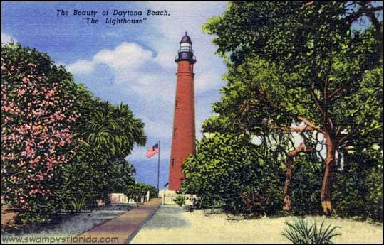 2013-1228-DayBeach-Lighthouse