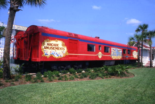 2015-0529-CircusWorldRailwayCar