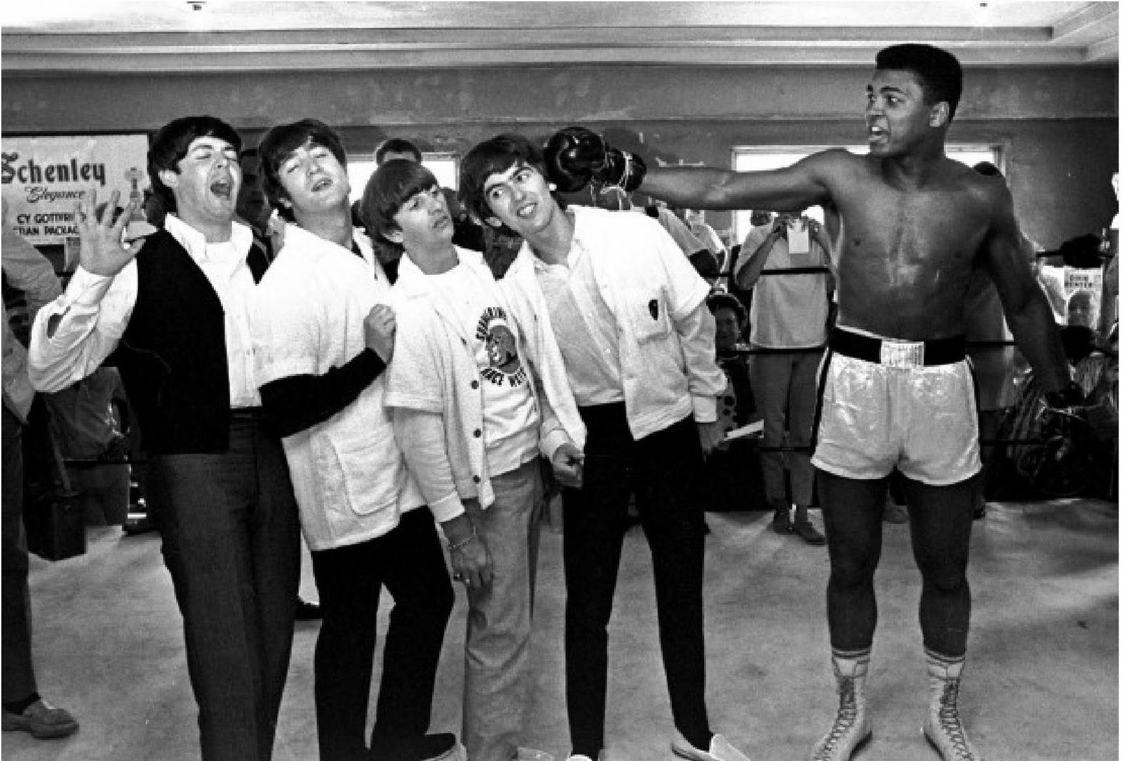 Cassius-Clay-TheBeatles